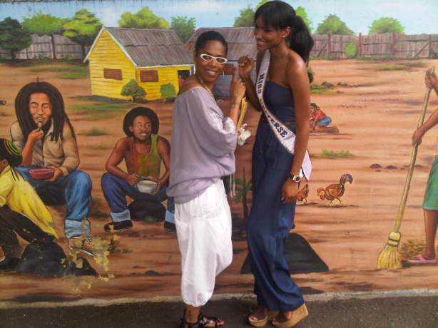 Talent manager Esther Swan (left) and Leila Lopes at the Bob Marley Museum.